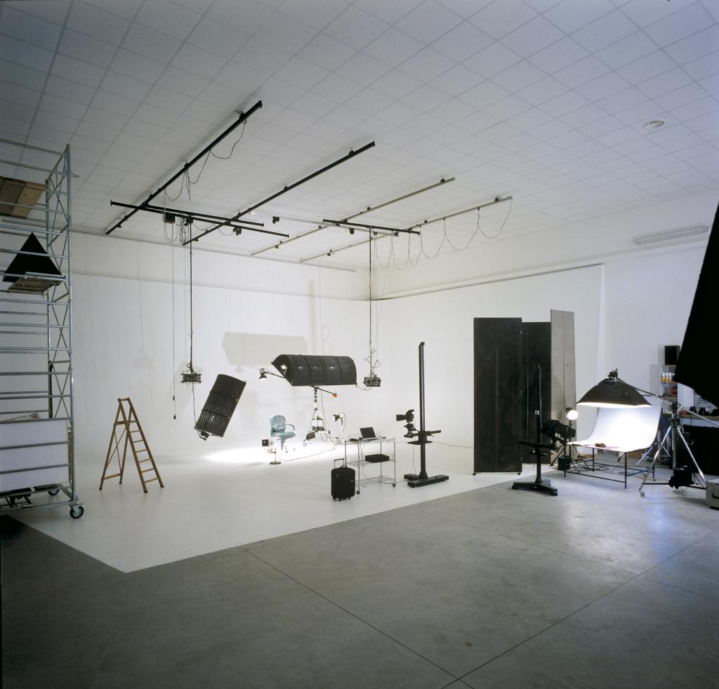 Noleggio sala posa - Vision  Studio fotografico e noleggio sala posa - Cesena